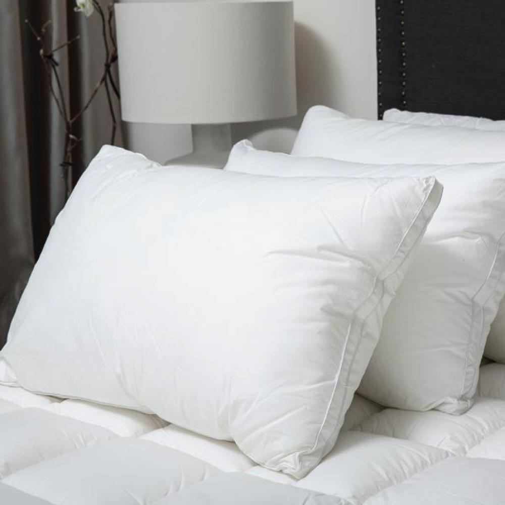 Best Down Alternative: MicroCloud Hotel Pillow