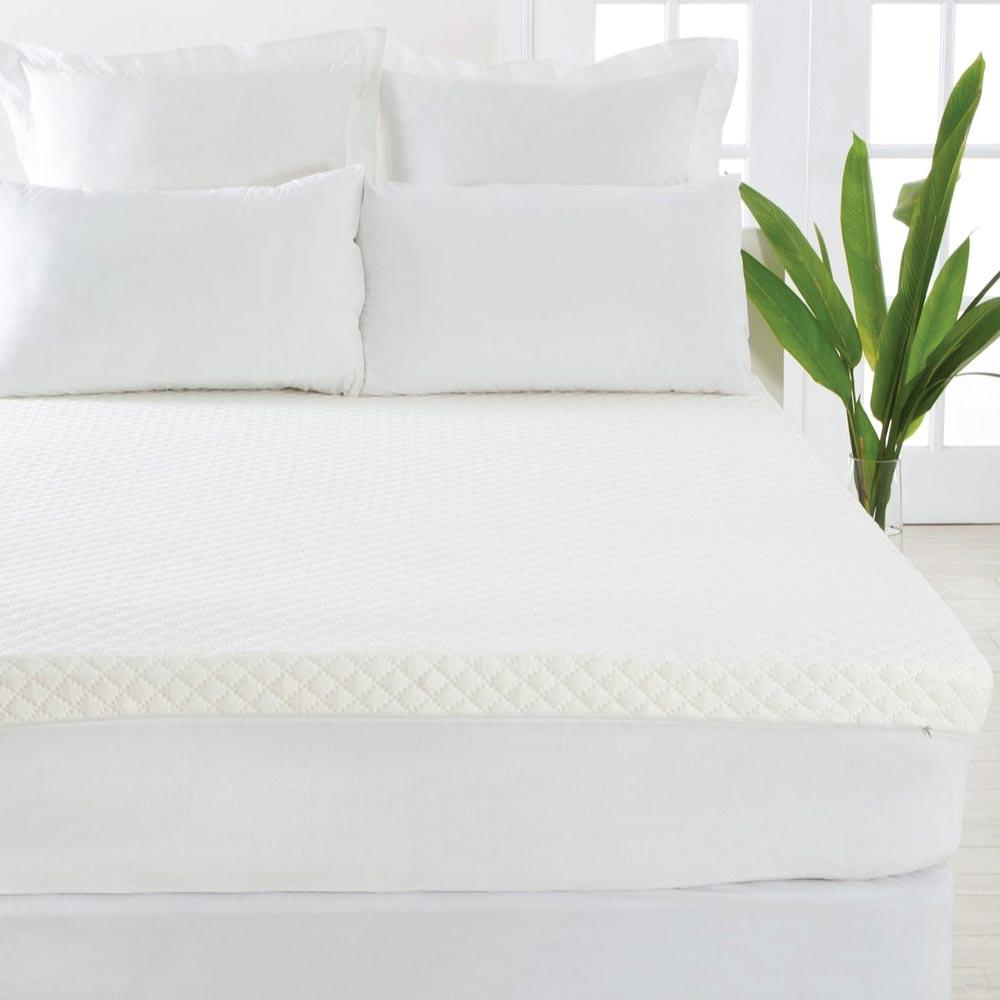 Hilton Relax Therapy Memory Foam Mattress Topper