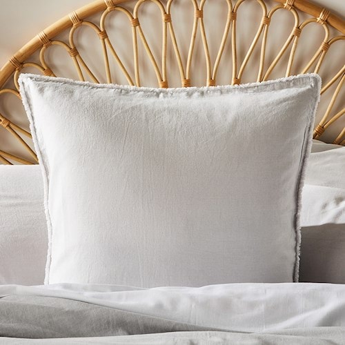 lines pillow adiars